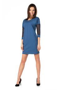 Merribel - Jeansowa Dopasowana Sukienka z Transparentnym Rękawem 3/4. Materiał: jeans