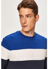 Niebieska bluza nierozpinana Ellesse na co dzień, bez kaptura, casualowa, z aplikacjami
