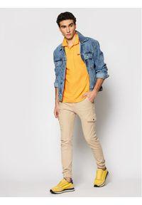 Levi's® Polo Standard Housemarked 35959-0006 Żółty Standard Fit. Typ kołnierza: polo. Kolor: żółty