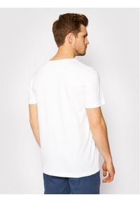 GANT - Gant T-Shirt Archive Shield 2003099 Biały Regular Fit. Kolor: biały