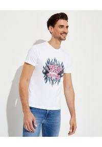 Versace Jeans Couture - VERSACE JEANS COUTURE - Bawełniany t-shirt z nadrukiem. Kolor: biały. Materiał: bawełna. Wzór: nadruk