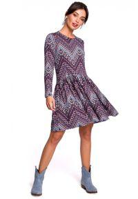 BE - Wzorzysta sukienka boho z falbaną. Okazja: do pracy, na co dzień. Materiał: bawełna, dzianina, materiał, elastan. Typ sukienki: rozkloszowane. Styl: boho