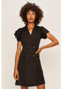 Czarna sukienka Vero Moda prosta, mini, z krótkim rękawem, casualowa