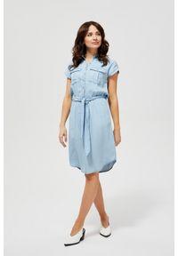 MOODO - Koszulowa sukienka lyocell. Okazja: do pracy, na co dzień, na plażę. Materiał: lyocell. Wzór: gładki. Typ sukienki: koszulowe. Styl: casual
