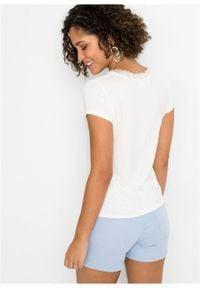 Shirt z koronkową wstawką bonprix biel wełny. Typ kołnierza: dekolt w serek. Kolor: biały. Materiał: wełna, koronka. Wzór: koronka