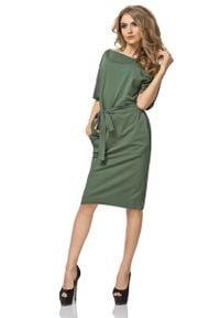 Tessita - Zielona Sukienka Kimonowa Midi z Paskiem. Kolor: zielony. Materiał: poliester, elastan. Długość: midi