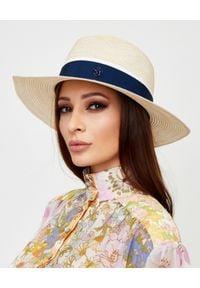 MAISON MICHEL PARIS - Beżowy kapelusz Henrietta. Kolor: niebieski. Materiał: denim, materiał. Wzór: aplikacja