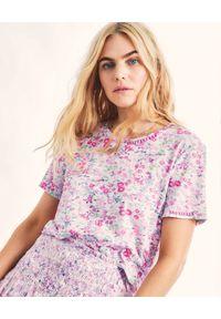 LOVE SHACK FANCY - Koszulka w kwiatowy wzór Calix. Kolor: fioletowy, różowy, wielokolorowy. Materiał: bawełna. Wzór: kwiaty. Styl: klasyczny