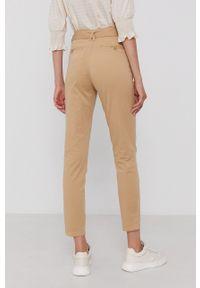 Mos Mosh - Spodnie. Okazja: na co dzień. Kolor: beżowy. Materiał: tkanina. Styl: casual