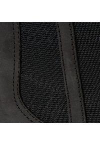Czarne botki Clarks z cholewką za kostkę, na zimę
