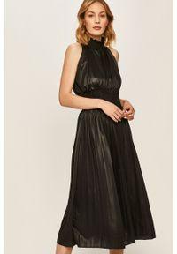Czarna sukienka ANSWEAR ze stójką, plisowana, midi, bez rękawów
