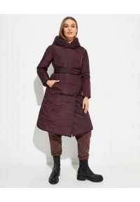 Hetrego - HETREGO - Dwustronny bordowy płaszcz puchowy Jennifer 21. Kolor: brązowy. Materiał: puch. Długość: do kolan. Wzór: gładki, paski. Styl: klasyczny