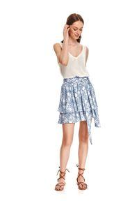 TOP SECRET - Mini spódnica z falbanami we wzory. Kolor: kremowy. Materiał: dzianina, materiał. Wzór: nadruk. Sezon: lato. Styl: wakacyjny