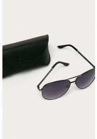 Guess - Okulary przeciwsłoneczne GF0173. Kolor: czarny