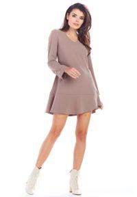 Awama - Cappuccino Krótka Sukienka Trapezowa z Guzikami. Materiał: poliester, elastan. Typ sukienki: trapezowe. Długość: mini