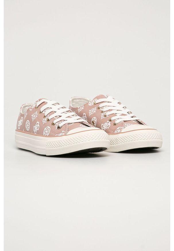 Różowe tenisówki Guess Jeans z okrągłym noskiem, na sznurówki, z cholewką