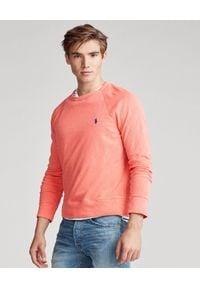Ralph Lauren - RALPH LAUREN - Różowa bluza Spa z logo. Typ kołnierza: polo, bez kaptura. Kolor: wielokolorowy, fioletowy, różowy. Materiał: materiał, bawełna. Długość: długie. Wzór: haft