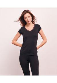Warm Me Up T-Shirt Ozdobiony Koronką - Xl - Czarny - Etam. Kolor: czarny. Materiał: koronka. Długość: krótkie. Wzór: koronka, aplikacja