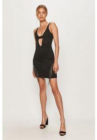 Czarna sukienka LABELLAMAFIA dopasowana, na ramiączkach, mini, casualowa
