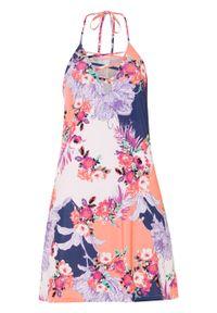 Sukienka z dekoltem halter bonprix różowo-lila w kwiaty. Typ kołnierza: dekolt halter. Kolor: różowy. Wzór: kwiaty. Sezon: lato
