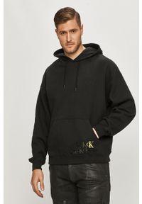 Czarna bluza nierozpinana Calvin Klein Jeans z kapturem, z nadrukiem