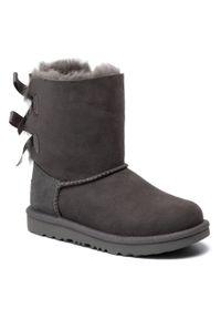 Szare buty zimowe Ugg z cholewką, z aplikacjami