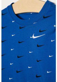 Niebieski t-shirt Nike Kids na co dzień, casualowy