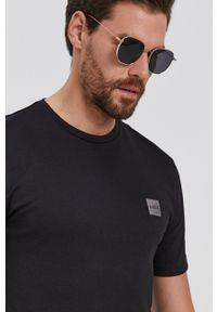 BOSS - Boss - T-shirt bawełniany. Okazja: na co dzień. Kolor: czarny. Materiał: bawełna. Styl: casual