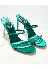RENE CAOVILLA - Zielone sandały na szpilce Bessie. Zapięcie: pasek. Kolor: zielony. Materiał: jedwab, satyna. Wzór: aplikacja, paski. Obcas: na szpilce. Wysokość obcasa: średni