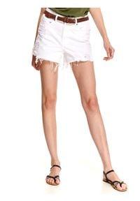 TOP SECRET - Białe krótkie szorty z przetarciami. Kolor: biały. Materiał: tkanina, bawełna. Długość: krótkie. Sezon: lato