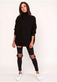 Czarny sweter oversize Lanti z golfem