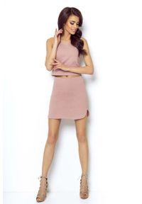IVON - Różowa Asymetryczna Mini Spódnica na Gumie. Kolor: różowy. Materiał: guma