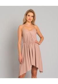 YVES SALOMON PARIS - Skórzana sukienka mini. Kolor: beżowy. Materiał: skóra. Długość rękawa: na ramiączkach. Wzór: gładki. Typ sukienki: asymetryczne, rozkloszowane. Styl: elegancki. Długość: mini