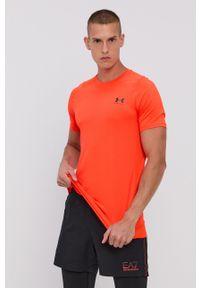 Under Armour - T-shirt. Okazja: na co dzień. Kolor: pomarańczowy. Materiał: dzianina. Styl: casual