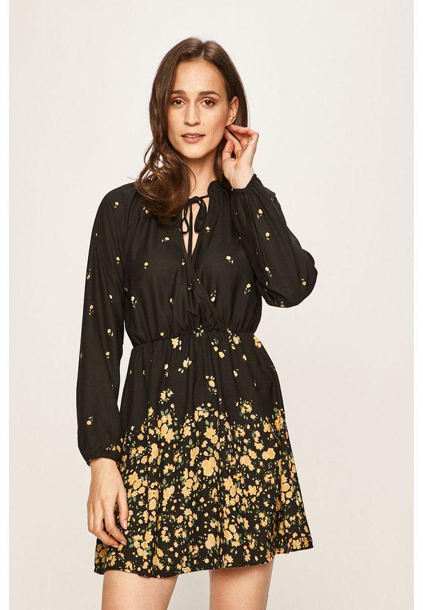 Czarna sukienka only mini, raglanowy rękaw