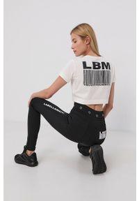 LABELLAMAFIA - LaBellaMafia - T-shirt bawełniany. Okazja: na co dzień. Kolor: biały. Materiał: bawełna. Wzór: nadruk. Styl: casual