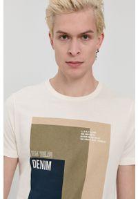 Tom Tailor - T-shirt bawełniany. Okazja: na co dzień. Kolor: beżowy. Materiał: bawełna. Wzór: nadruk. Styl: casual