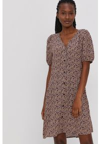 Jacqueline de Yong - Sukienka. Materiał: tkanina, wiskoza, materiał. Typ sukienki: rozkloszowane