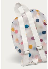 Biały plecak OVS z motywem z bajki