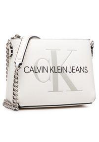 Calvin Klein Jeans - Torebka CALVIN KLEIN JEANS - Camer Pouch Wichain K60K607858 YAF. Kolor: biały. Materiał: skórzane. Styl: elegancki