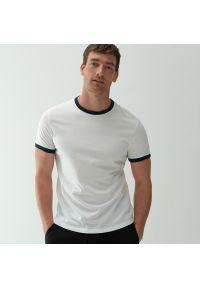 Reserved - T-shirt basic - Biały. Kolor: biały