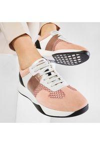 Geox - Sneakersy GEOX - D Suzzie B D94FRB 02011 C8024 Peach. Okazja: na co dzień. Kolor: pomarańczowy. Materiał: skóra, materiał, zamsz. Szerokość cholewki: normalna. Sezon: lato. Styl: casual