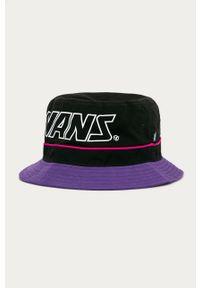 Czarny kapelusz Vans z nadrukiem