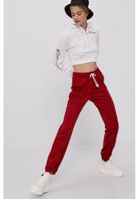 Champion - Bluza bawełniana. Okazja: na co dzień. Kolor: biały. Materiał: bawełna. Styl: casual