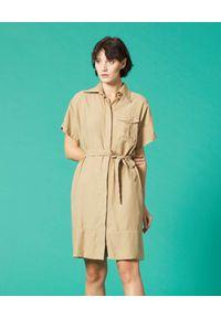 Manila Grace - MANILA GRACE - Beżowa sukienka mini z kołnierzem. Kolor: beżowy. Materiał: tkanina, jedwab, materiał. Sezon: lato. Typ sukienki: koszulowe. Długość: mini