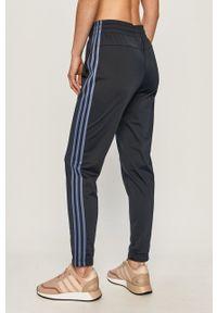 Adidas - adidas - Dres. Kolor: niebieski. Materiał: dresówka