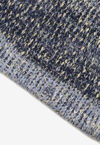 Renee - Niebieski Szalik Avena. Kolor: niebieski. Materiał: dzianina. Styl: klasyczny