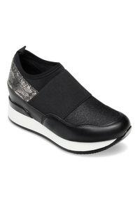 Czarne buty sportowe FOREVERFOLIE w kolorowe wzory, bez zapięcia, trekkingowe