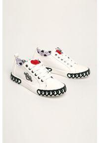 Białe buty sportowe Love Moschino na sznurówki, na średnim obcasie, na obcasie