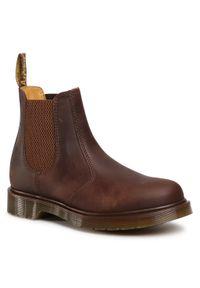 Brązowe buty zimowe Dr. Martens eleganckie, z cholewką
